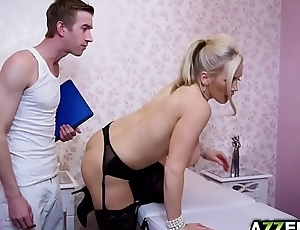 Busty cougar Rebecca in a hot fuck massage