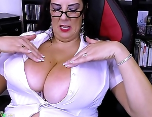 OldNannY Extremely Busty Mature Daisy Showoff