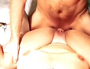 Internal cumshot median friends pussy with perfect view