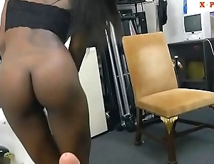 Tattooed ebony pumped by broad in the beam white dick