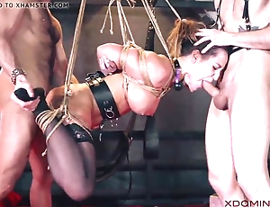 Brunette replicate penetrated by means of fetish threesome