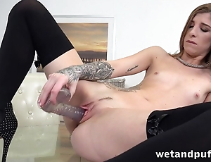 Amazing supreme moment for skinny babe by way of masturbation