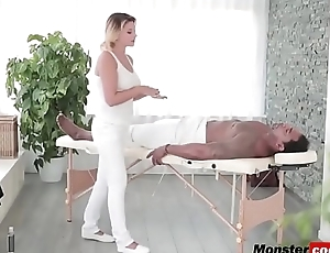 A awesome blonde masseuse Anna Polina take-polina-black-is-better-hd-72p-porn-3