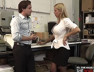 SheWillCheat - Boss lady Alexis Fawx welcomes a new employee